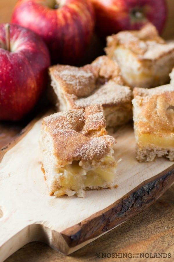 Apple Cinnamon Pie Bars